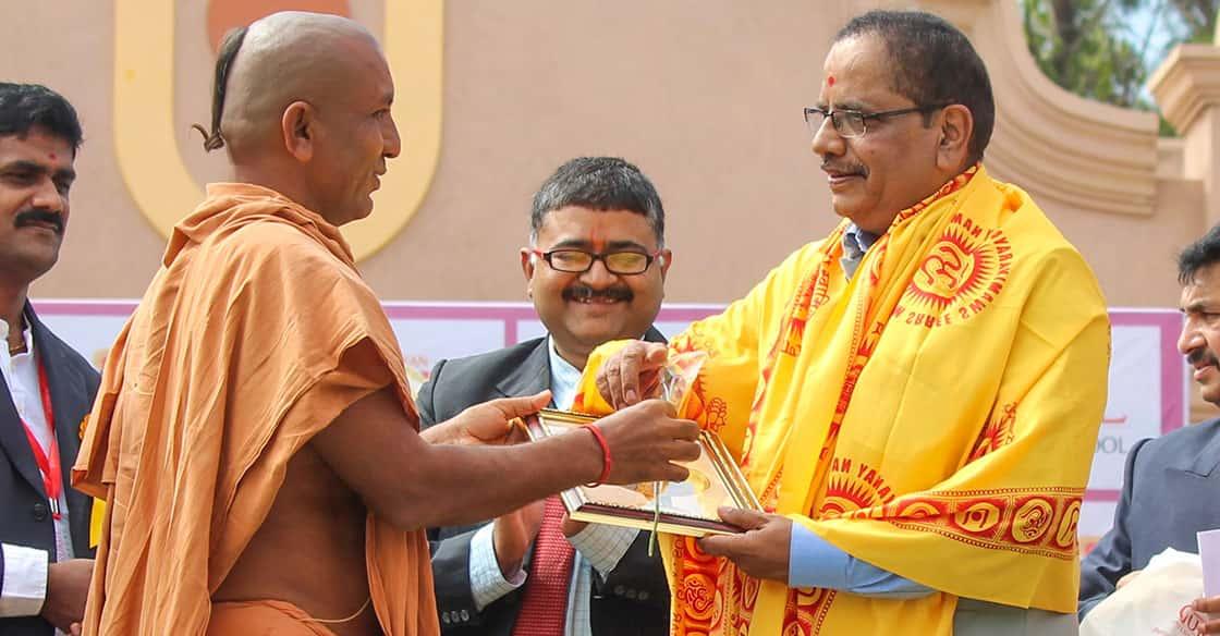 Mr. Gopal B Hosur Graces Swaminarayan Gurukul Bengaluru with his visit